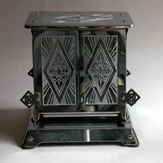 Art deco design toaster. Why can't they be so pretty now?