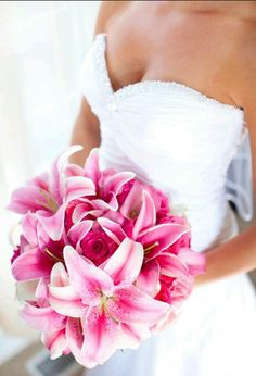 #Pink #tigerlillies #roses #bouquet