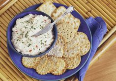 Our baked crab dip is made with cream cheese, a little onion, canned crab meat, and other simple seasonings. Serve the crab dip hot with crackers. Meat Appetizers, Appetizer Dips, Appetizer Recipes, Baked Crab Dip, Hot Crab Dip, Hummus, Super Bowl Dips, Food Network Recipes, Cooking Recipes
