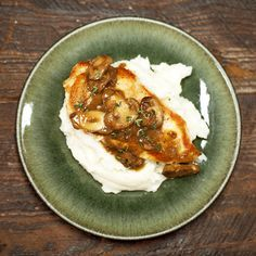 Chicken with Mushroom Sauce Recipe | MyRecipes