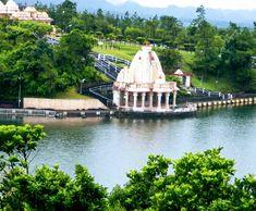 Mauritius Grand Bassin Temple– wanaabeehere