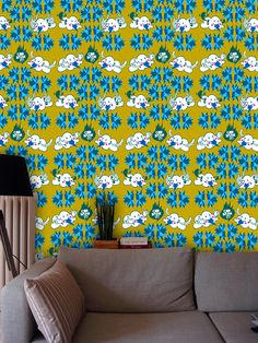 "GM 04 by GRAFIKWALLS - Gonçalo Mar |  Artist Edition Wallpaper project"" digitally printed with graphic design on proper materials for the effect, subdivided in two categories: Patterns: available in square meters, being able to have patterned graphics or assorted patterns.  material - wallpaper textures. for production, the Wallpaper can be printed over 6 different textures."
