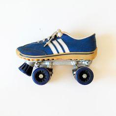 vintage ROLLER skates / 1970s TRACK shoe ROLLER girl skates