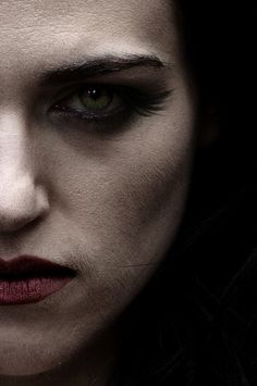 Morgana. I never noticed her long lashes before. I'm not sure if they are manipped or not, but they look nice.