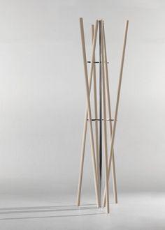 appendi abiti sticks produzione colico, realizado porGiovanna Azzarello