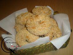 Κουλούρι Σουσαμένιο (Θεσσαλονίκης) Bagel, Bread, Blog, Breads, Baking, Buns