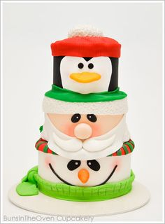 Inspired by a stack of Christmas cookie tins. this Santa, Penguin, Snowman Cake will have you squealing! An adorable Christmas cake by BunsInTheOven Cupcakery. Cute Christmas Ideas, Noel Christmas, Christmas Goodies, Christmas Treats, Christmas Baking, Christmas Cakes, Funny Christmas, Christmas Wedding, Gateau Iga