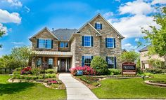 Lennar Luxury Homes by Village Builders     Cross Creek Ranch: Classic Collection