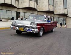 Sweet '59 Galaxie in Havana.