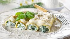 Cannelloni with Ricotta and Spinach - Traditional, Vegetarian... Yummi! Simple Italian Recipe.