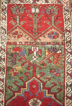 Antique Aksaray prayer rug (detail), Turkey, 18th C, @ www.gallery51.net