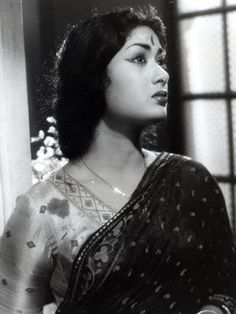 maharanis women of royal india Indian Film Actress, Old Actress, Indian Actresses, Actors & Actresses, Vintage Bollywood, South Indian Heroine, Indian Goddess, Rare Pictures, Rare Photos