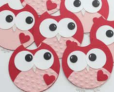 Cuuuuuute!! adorable punch art owls.  You could make these with sugar cookies too. Thanks Stephanie :D