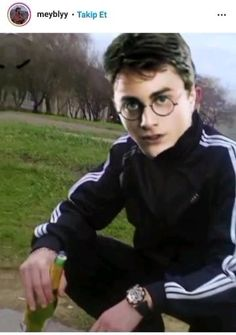 Harry Potter Gif, Daniel Radcliffe, Funny Clips, Draco Malfoy, Stupid Funny Memes, Insta Story, Video Editing, Aesthetic Anime, Funny Images
