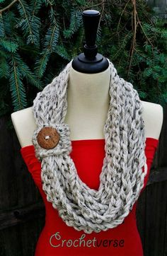 30 minutes finger crochet infinity scarf