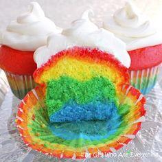 Fun St. Patricks Day Rainbow Cupcakes