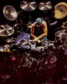Neil Peart: The Perfect Drummer. Great Bands, Cool Bands, Metal Sinfônico, Heavy Metal, Rush Concert, Modern Drummer, Rush Band, Drum Solo, Drum Music