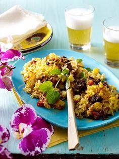 Dürfen wir servieren: Reis. Ein gesunder und kalorienarmer Sattmacher. Aus dem Ofen oder aus der Pfanne - 18 schnelle Rezepte für bunte Reisgerichte.