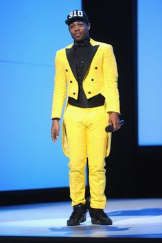 Todrick Hall Photos - Todrick Hall speaks onstage at the MTV 2015 Upfront presentation on April 2015 in New York City. Todrick Hall, Drag Queens, Greek Gods, Ruby Red, Mtv, Role Models, Youtubers, Royals, Toddlers