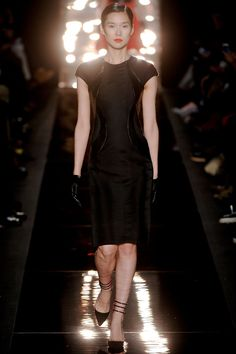 Monique Lhuillier Autumn/Winter 2012 Ready-To-Wear Collection | British Vogue