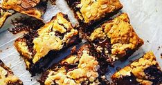 Chocolate chip and oat cookie bars