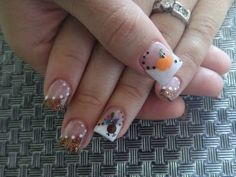 Thanksgiving Turkey Nail Art check out www.MyNailPolishObsession.com for more nail art ideas.