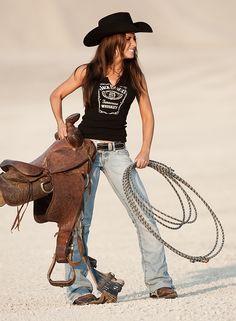 (ಠ_ರೃ) Very Beautiful Country Girl ღ♥♥ღ Très Sexy ღ♥♥ღ♥ Real Cowgirl Sexy Cowgirl, Cowgirl Chic, Cowboy And Cowgirl, Cowgirl Style, Hot Country Girls, Country Girl Style, Country Women, My Style, American Country