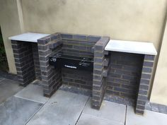 backyard design – Gardening Tips Brick Built Bbq, Brick Grill, Built In Bbq, Outdoor Barbeque, Outdoor Kitchen Patio, Outdoor Kitchen Design, Garden Bbq Ideas, Barbecue Garden, Design Barbecue