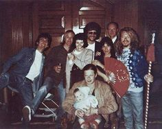 ": ""In the photo: George Harrison, Tom Petty, Jeff Lynne, Ray Cooper, Dave Stewart, Boris Grebenshchikov"