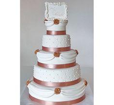 Bruidstaart romantisch wit goud