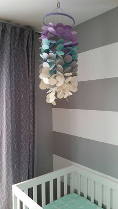 Retrouvez cet article dans ma boutique Etsy https://www.etsy.com/ca-fr/listing/264400392/mobile-decoratif-papier-cartonne-pour