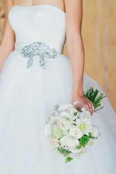 Adamson House Wedding - a perfect blend of casual + elegant. See the wedding on #SMP: http://www.stylemepretty.com/california-weddings/malibu/2013/12/23/adamson-house-wedding/ | Kate Osborne Photography