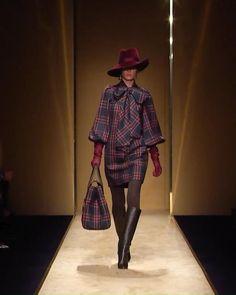 Paris Fashion, Runway Fashion, Winter Fashion, Casual Outfits, Fashion Outfits, Velvet Fashion, Fashion Videos, Stylish Dresses, Online Shopping Clothes