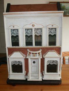 Antique G & J Lines Dolls House  No 13 1909 / 1910