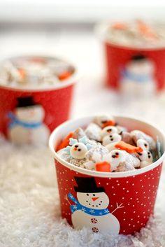 Snowman Puppy Chow Recipe - The Bearfoot Baker