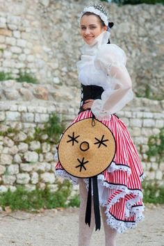 Folk Costume, Costumes, Traditional Dresses, Nice, Provence, Creations, France, Celebrities, Clothing