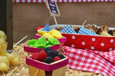 The farm / la granja Birthday Party Ideas | Photo 9 of 16