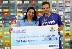 Ms Rinki Dhingra President of Multi National Banking of Yes Bank presents the Yes Bank Maximum Sixes Award to Brad Hodge of Rajasthan Royals during the eliminator match of the 2013 Pepsi Indian Premier League between The Rajasthan Royals and the Sunrisers Hyderabad held at the Feroz Shah Kotla Stadium, Delhi on the 22nd May 2013