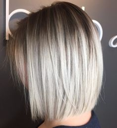 Poker Straight Silver Bob with Root Fade A textured bob is low maintenance and always classy. A root fade keeps the look young while straight locks make it a polished do for work. Straight Bob Haircut, Bob Haircut For Fine Hair, Bobs For Fine Hair, Haircuts For Straight Fine Hair, Short Straight Bob, Blunt Haircut, Blonde Bob Haircut, Wavy Bobs, Asymmetrical Bob Haircuts