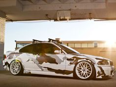 http://www.autozeitung.de/auto-news/bmw-m3-e46-arctic-camouflage-folierung-tuning
