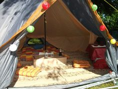 How do you arrange stuff in a bell tent? UKCampsite.co.uk Tent talk. Advice, info and recommendations Forum Messages