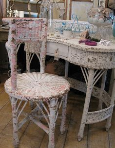Oh, my! What a vintage wicker vanity set! Chippy paint perfection at Bloom and Sisters!