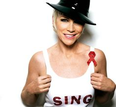 Annie Lennox what a VOICE!!! She makes you believe!!