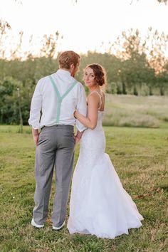 Barn and garden wedding close to Salem Oregon. Green Villa Barn & Gardens. Bride and groom sunset