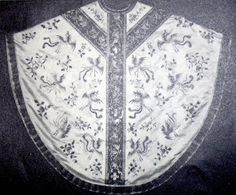 New Liturgical Movement: The Chinese Chasuble of Dom Pierre-Célestin Lou Tseng-Tsiang, OSB. This particular chasuble belonged to Dom Pierre-Célestin Lou Tseng-Tsiang, OSB (1871-1949) and is now in the possession of St Andrew's Abbey in Bruges, Belgium.