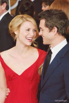 Hugh Dancy and wife Claire Danes! Hollywood Couples, Celebrity Couples, Celebrity Pictures, Claire Danes, Hugh Dancy, Cute Couples, Sweet Couples, British Actors, Celebs