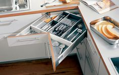 Corner kitchen cabinet is neither difficult nor easy to build. Learn the fundamental, and you can build your own corner kitchen cabinet Corner Drawers, Kitchen Drawers, Corner Storage, Kitchen Cabinets, Corner Cabinets, Cabinet Storage, Cabinet Drawers, Cabinet Organizers, Cabinet Ideas