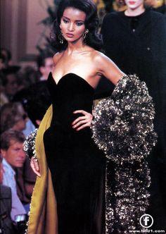 """fashionpack: """" Khadija Adams @ Yves Saint Laurent Haute Couture F/W 1990 """" Haute Couture Paris, Haute Couture Style, Couture Mode, Couture Fashion, Runway Fashion, Fashion Show, Fashion Outfits, High Fashion Models, Ysl"""