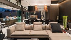 Forest Road Home, von Nico van der Meulen Architects, Inanda, Südafrika Exterior Design, Interior And Exterior, House Wall Design, Design Transparent, Villa Design, Eco Friendly House, Big Houses, Pool Houses, Elegant
