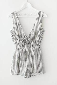 need this jumpsuit for hot summer days